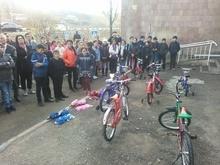 Ճամբարակի <<Աստղացոլք>> ՀԿ երեխայի զարգացման  կենտրոնի տարածքում բացվեց  երթեւկության կանոնների ուսուցման  խաղահրապարակ