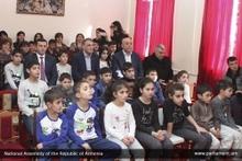 ՀՀ ԱԺ նախագահ Արա Բալոյանն այցելեց Գավառի մանկատան սաներին