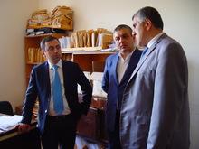 Մարզպետ Իշխան Սաղաթելյանը հանդիպեց Սևանի տարածքի դպրոցների տնօրենների և համայնքների ղեկավարների հետ